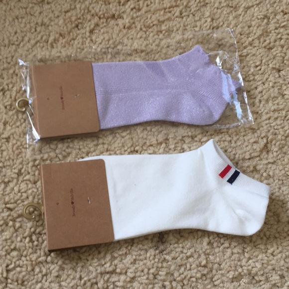 Brandy Melville Accessories - Brandy Melville ankle socks bundle